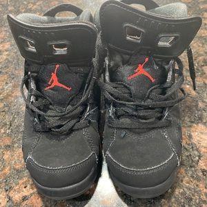 Nike air Jordan size 2Y